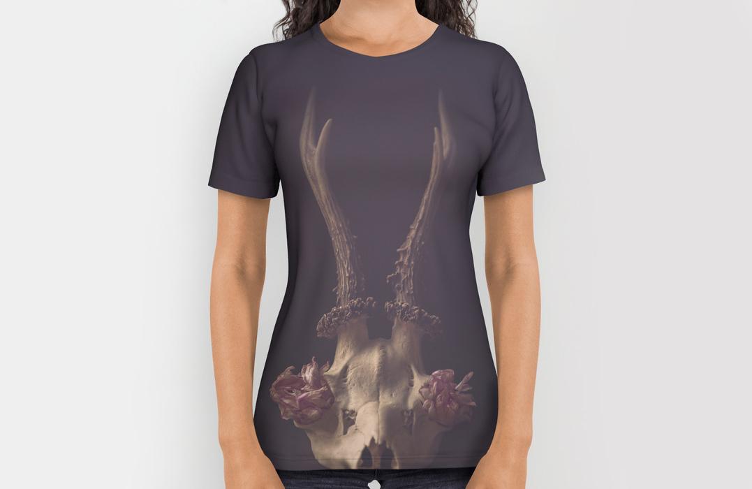 Deer skull – still-life-print-shirts