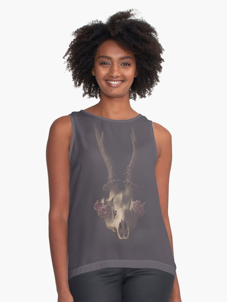 deer skull top woman