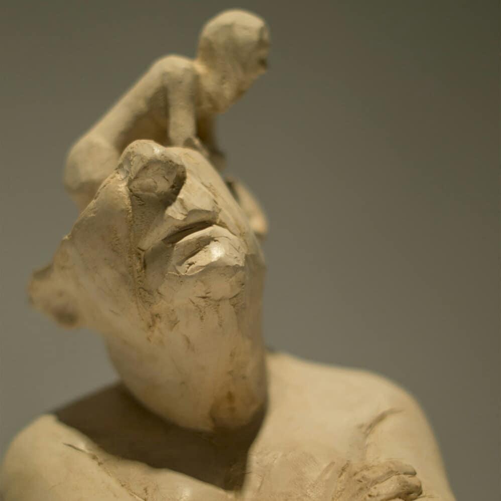 """Fernando Rosas – """"Condenado: el desinterés"""" Sculpture"""