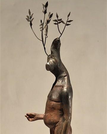 "Fernando Rosas – Sculpture ""Un rebrote"""