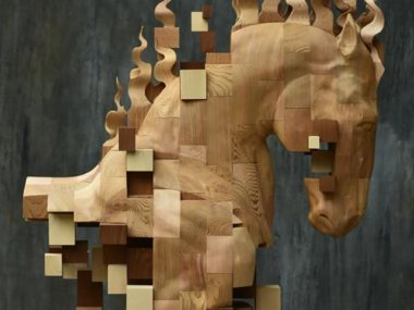 Hsu Tung Han – Wood horse sculpture