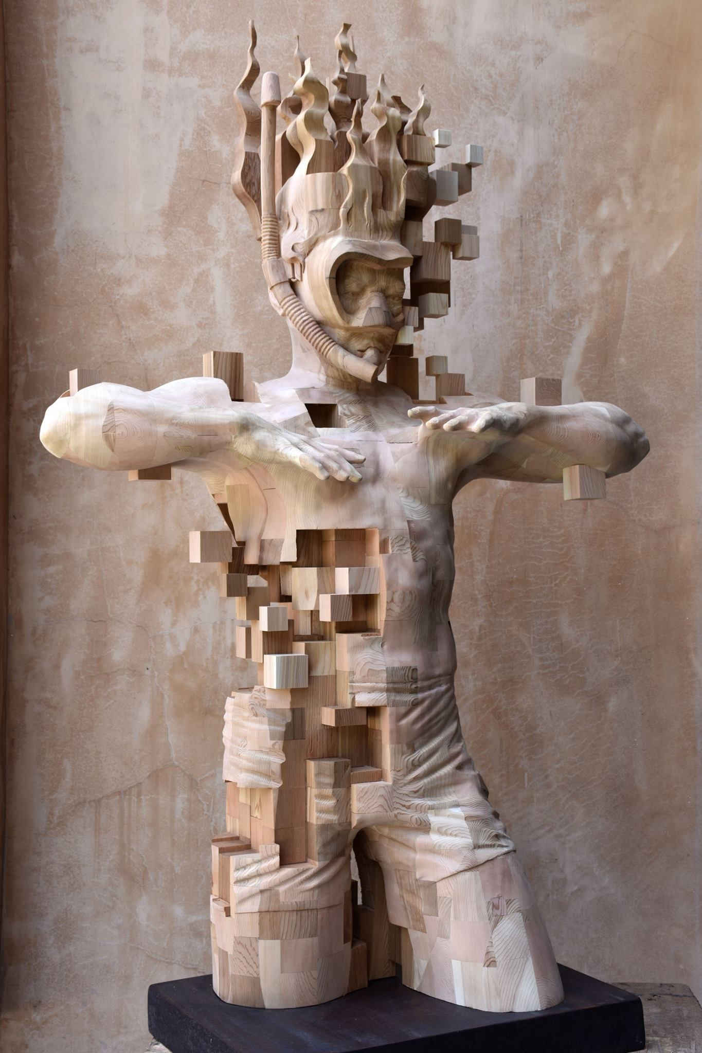 Hsu Tung Han – Wood sculpture